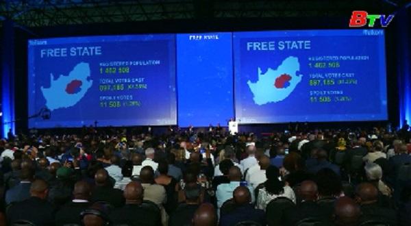 Tổng tuyển cử tại Nam Phi - đảng cầm quyền giành chiến thắng