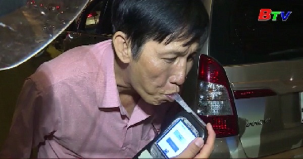 Đề xuất tăng mức phạt với lái xe uống rượu bia