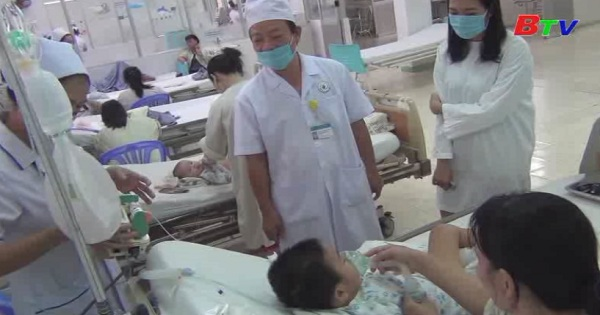 Cứu sống bệnh nhi bị bệnh tay chân miệng biến chứng