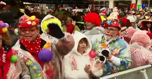Đức nhộn nhịp lễ hội hóa trang Cologne