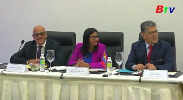 Chính phủ và phe đối lập Venezuela đối thoại