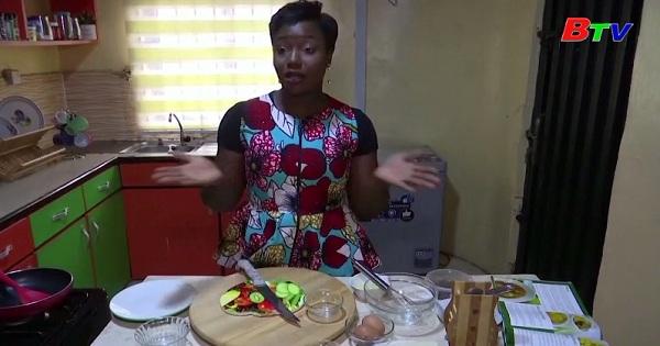 Gặp gỡ một chuyên gia dinh dưỡng Nigeria say mê nghệ thuật bày trí bữa ăn cho trẻ em