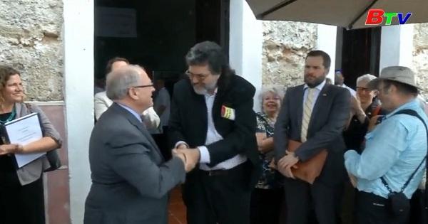 Tưng bừng Hội chợ sách quốc tế CuBa tôn vinh  cố lãnh tụ Fidel  Castro
