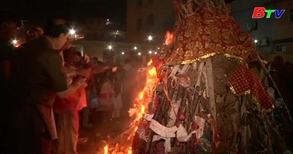 Cộng đồng Hindu tại Pakistan chào đón lễ hội sắc màu Holi