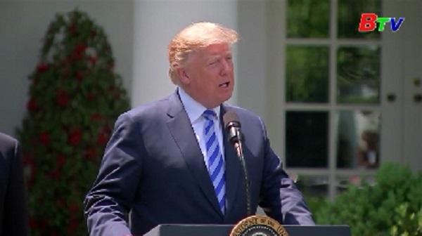 Tổng thống Mỹ với tham vọng giảm giá dược phẩm trong nước