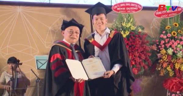 Đại học Quốc tế miền Đông trao bằng tốt nghiệp năm 2017