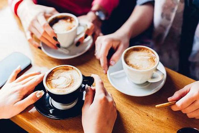 Uống cafe có nguy cơ mắc chứng đau nửa đầu