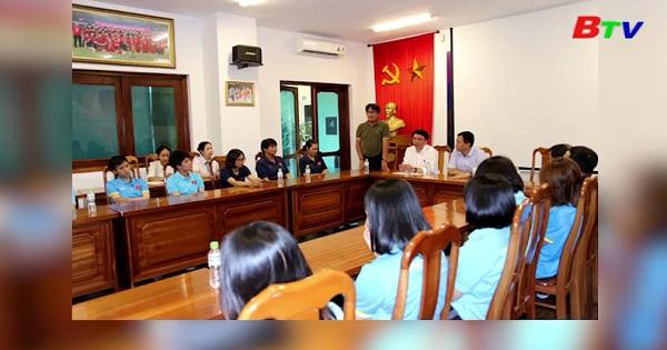 Lãnh đạo LĐLĐBĐ Việt Nam gặp mặt đội tuyển nữ Việt Nam