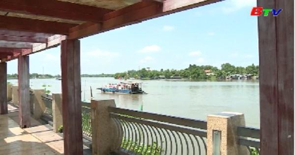 Phát triển du lịch sông nước phải đi đôi với đảm bảo an toàn