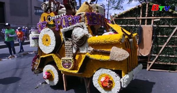 Colombia: Sắc màu lễ hội vác tràng hoa