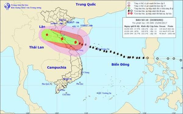 Trưa nay, bão số 10 giật đến cấp 15 sẽ đổ bộ vào Nghệ An - Quảng Trị