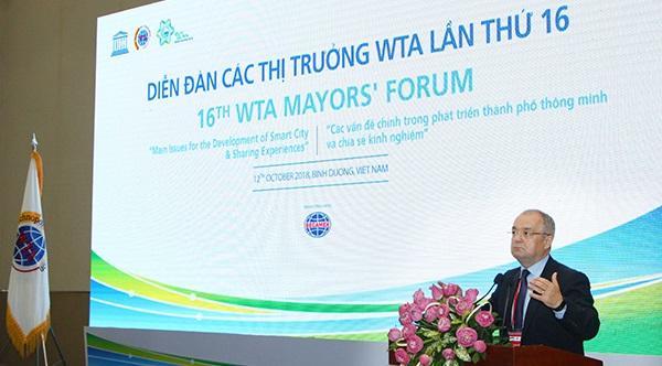 Các Thị trưởng WTA chia sẻ kinh nghiệm phát triển thành phố thông minh