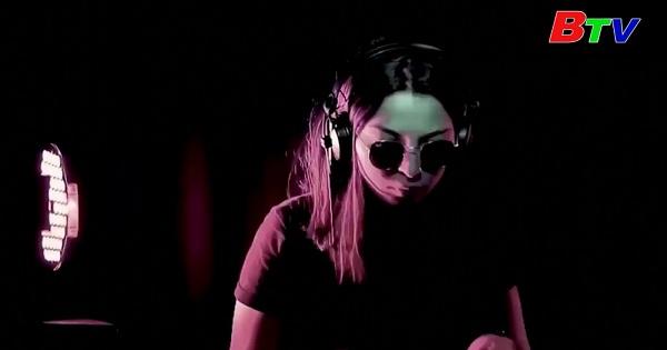 Học viên DJ toàn nữ ở thủ đô Tunisia