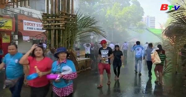 Lễ hội té nước Thingyan đón chào năm mới