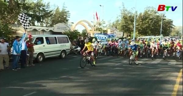 Chặng 9 Giải xe đạp nữ quốc tế Bình Dương mở rộng tranh Cup Biwase  lần thứ 7 năm 2017
