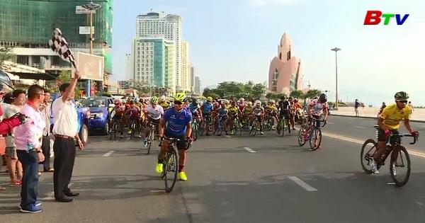 Xuất phát chặng 18 Cuộc đua xe đạp toàn quốc tranh cúp truyền hình TpHCM lần thứ 30 năm 2018