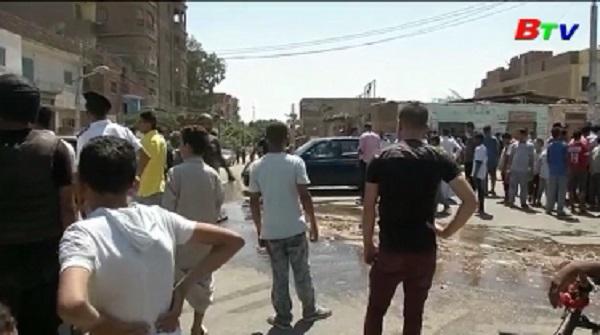 Tấn công du khách nước ngoài tại Ai Cập làm 6 người thương vong