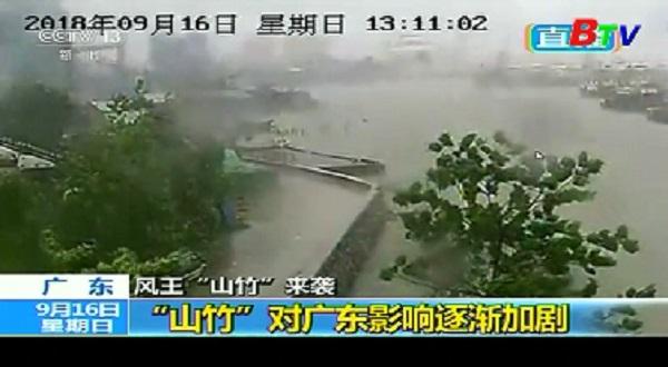 Trung Quốc đại lục chao đảo khi siêu bão Mangkhut càn quét