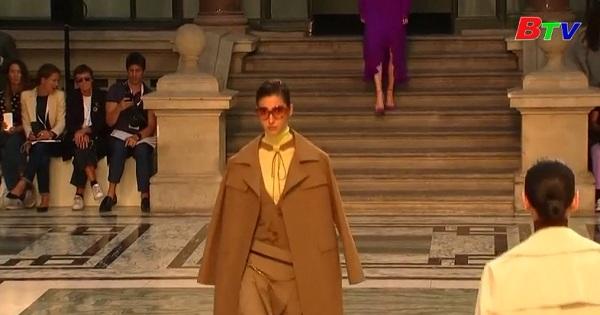 Bộ sưu tập mới của Victoria Beckham tại tuần lễ thời trang Luân Đôn