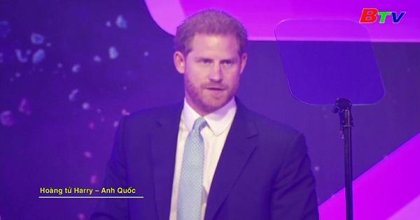 Hoàng tử Harry xúc động tại lễ trao giải Wellchild