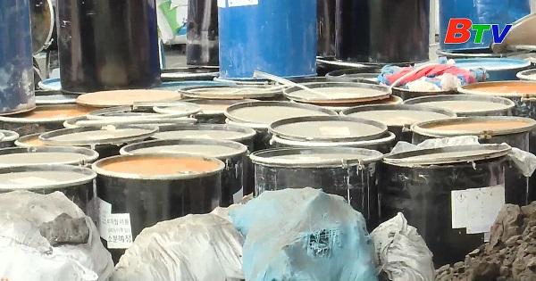 Dân tố nhà máy sản xuất nhựa gây ô nhiễm