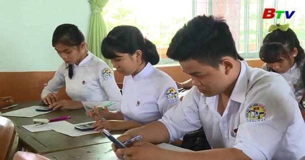 Ôn thi tốt nghiệp THPT ở Trường Huỳnh văn Nghệ