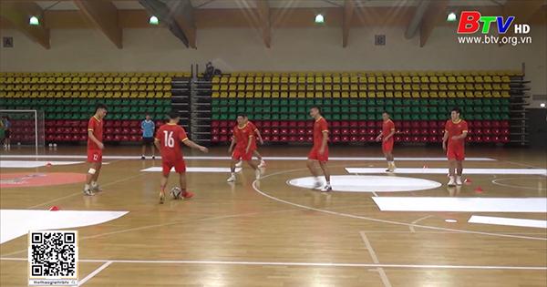 Đội tuyển futsal Việt Nam nỗ lực tranh suất vào vòng 1/8 World Cup 2021