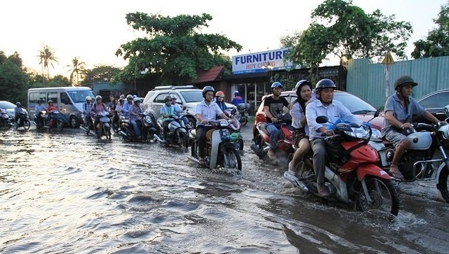 Nam Bộ mưa dông gây ngập úng nhiều nơi