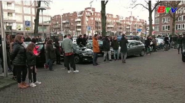 Hà Lan bắt được nghi phạm nổ súng làm ba người chết