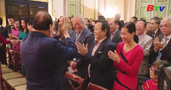 Thủ tướng gặp cộng đồng người Việt tại Bỉ