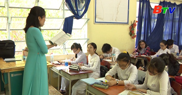 Xã hội hóa giáo dục nhìn từ hệ thống trường phổ thông ngoài công lập