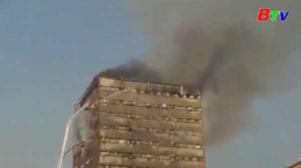 Hơn 20 lính cứu hỏa thiệt mạng trong vụ sập nhà cao tầng ở Iran