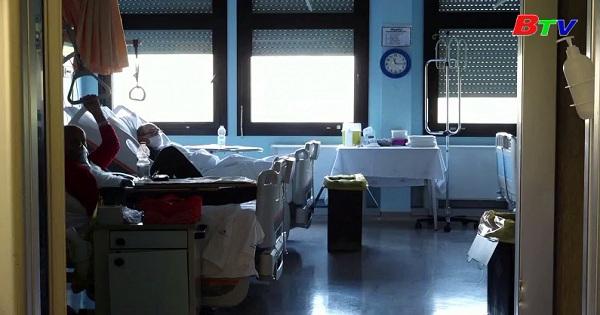 Tổng số ca nhiễm Covid-19 tại Châu Âu vượt 100.000