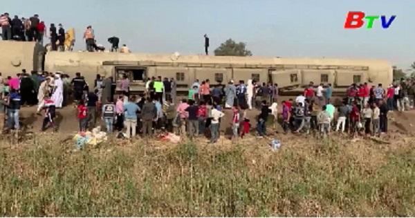 Tổng thống Ai Cập ra lệnh điều tra vụ tai nạn đường sắt