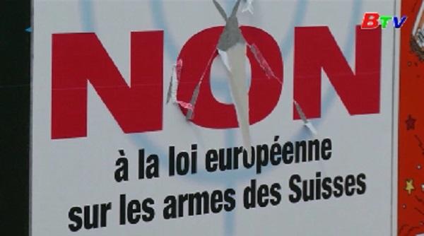 Cử tri Thụy Sĩ ủng hộ siết chặt kiểm soát súng đạn