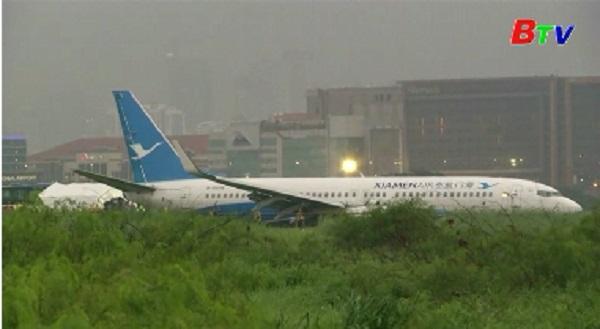 Máy bay Trung Quốc chở 165 người lao khỏi đường băng tại Philippines