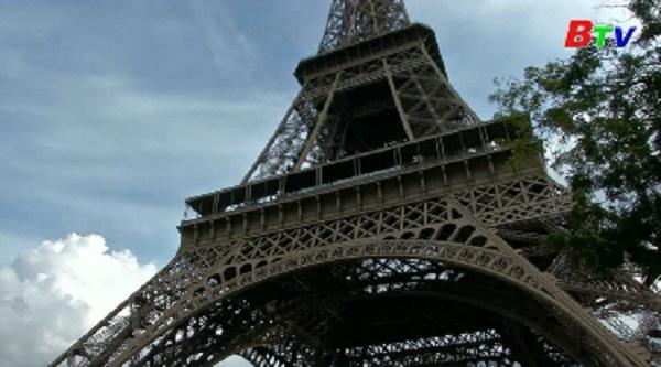 Tháp Eiffel sẽ có lớp chống đạn bao bọc