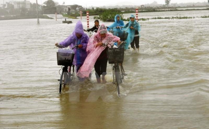 Các địa phương khẩn trương giúp dân khắc phục hậu quả mưa lũ