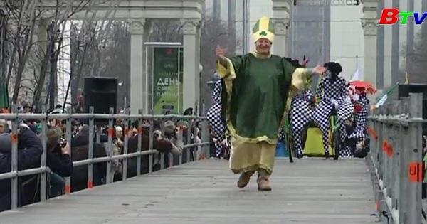 Mát-xcơ-va diễu hành mừng Ngày Thánh Patrick