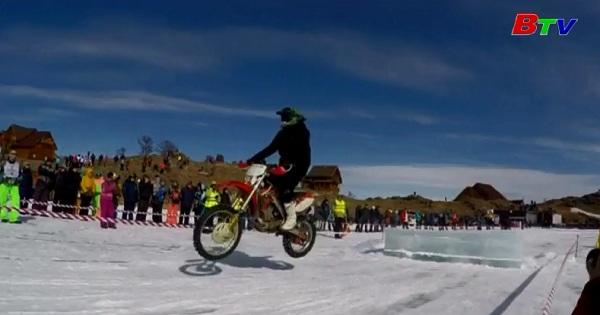 Hồ Baikal chào đón các môn thể thao mạo hiểm trên băng