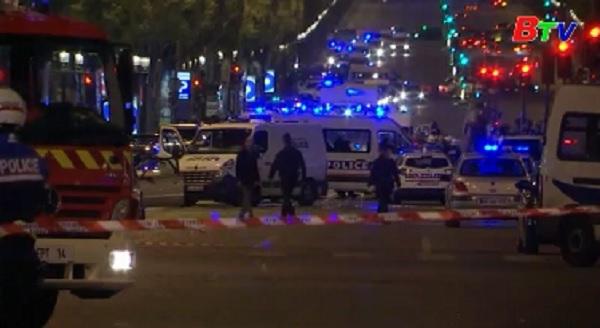 Nổ súng tại Paris, ít nhất 2 người thiệt mạng