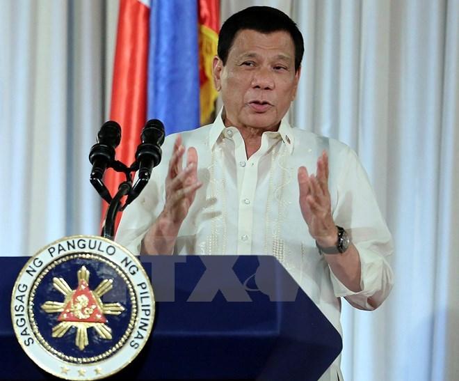 Tổng thống Philippines xin lỗi người dân vì cuộc chiến ở Marawi