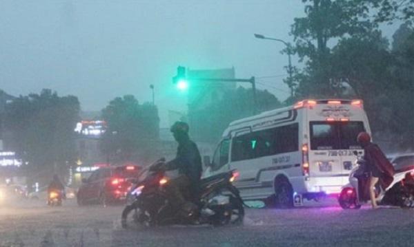 Bắc Bộ và Trung Bộ giảm mưa, Nam Bộ mưa dông, đề phòng ngập úng