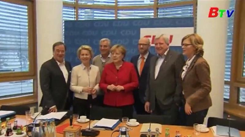 Thủ tướng Merkel xác nhận ra tranh cử nhiệm kỳ thứ 4