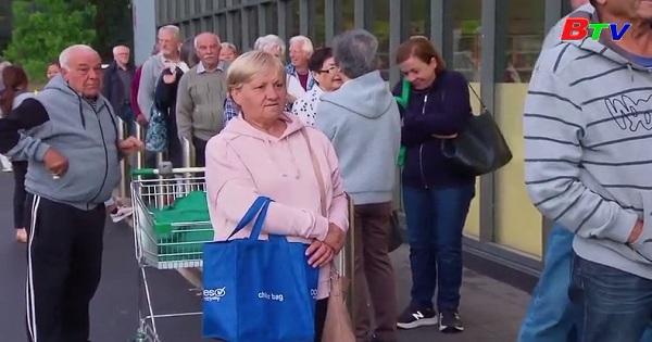 Siêu thị ở Australia và Bỉ áp dụng giờ mua sắm dành riêng cho người lớn tuổi