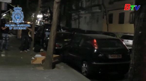 Cảnh sát Tây Ban Nha bắt giữ các đối tượng tình nghi ủng hộ IS