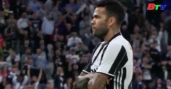 Dani Alves sắp gia nhập Man City