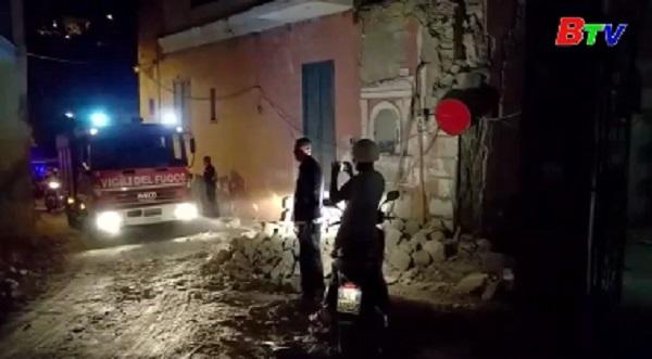 Động đất tại đảo du lịch Ischia, Italy
