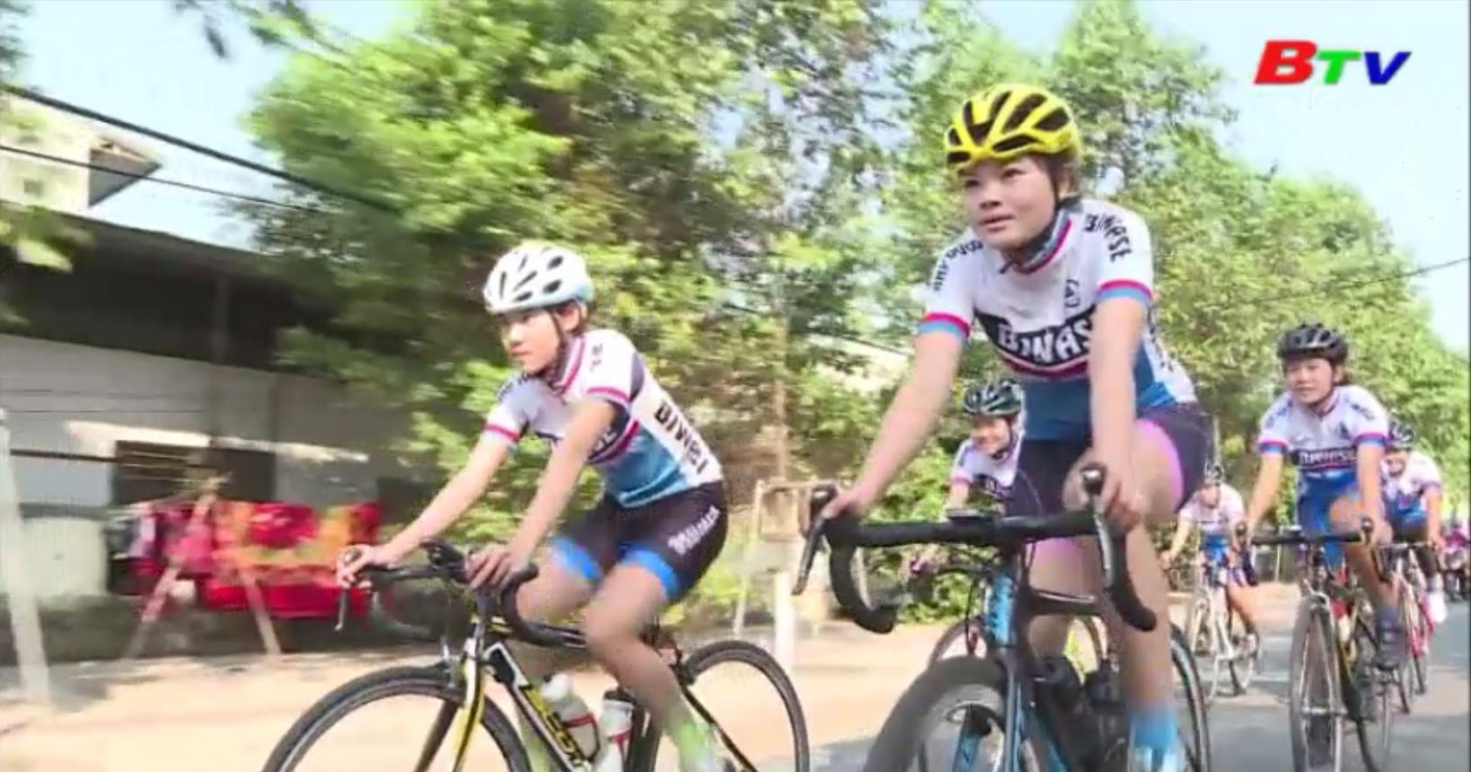 Đội xe đạp Biwase Bình Dương đặt mục tiêu cho sân chơi vô địch Quốc gia