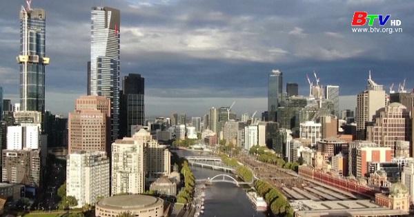 Thành phố Melbourne dỡ bỏ đợt phong tỏa dài nhất thế giới